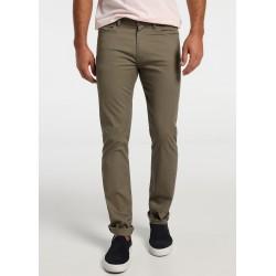 Pantalon de LOIS Hombre en tono Verde con Elastico